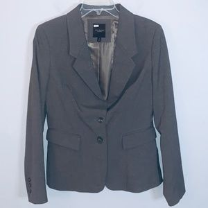 The Limited Collection 2 button blazer gray Sz 6